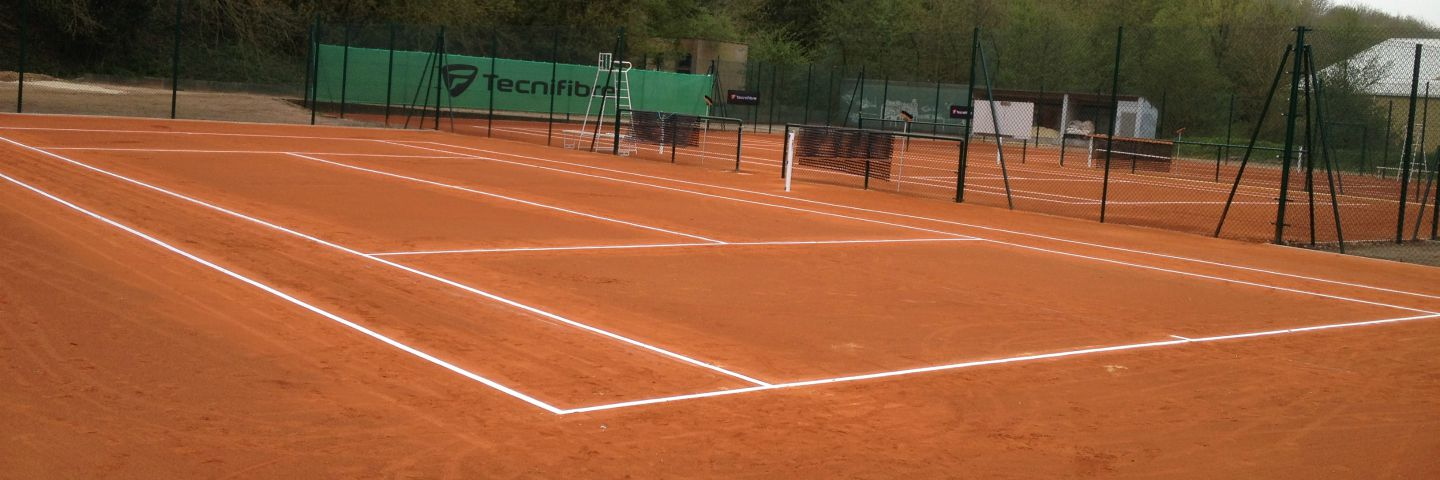 Rénovation de courts de tennis en terre battue - Sportingsols